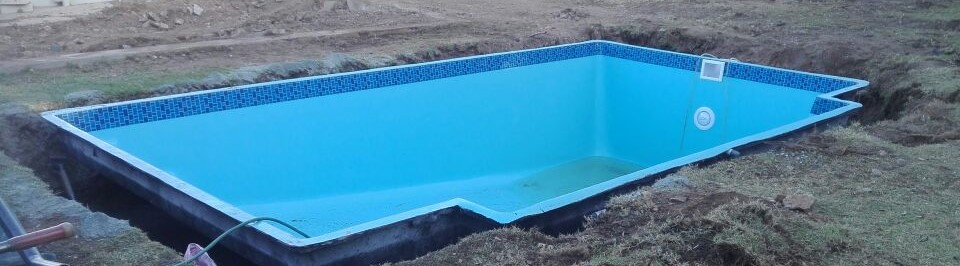 How to Install a Fibreglass Pool | DIY Pool Installation ...